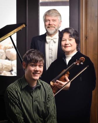 Jonathan, Richard and Rosemary Hatch (Photo by Levi Sim)