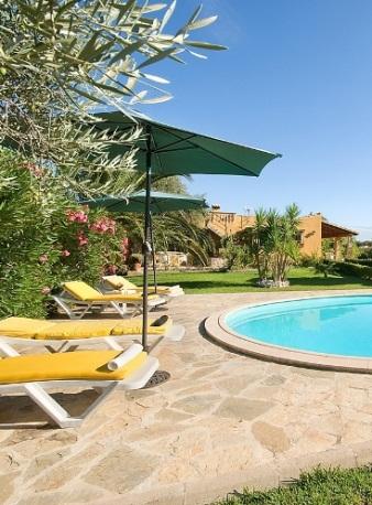 Villa Olivera pool