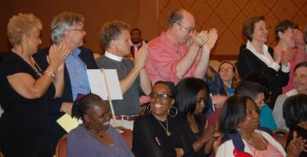 Hundreds of people from POWER congregations show support for Airport Jobs Plan