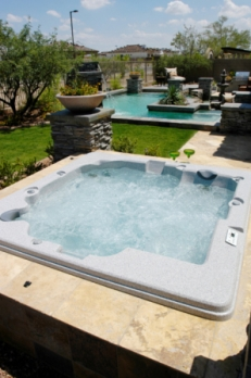 Can 39 t decide between an in ground or acrylic spa choose for Spa builders