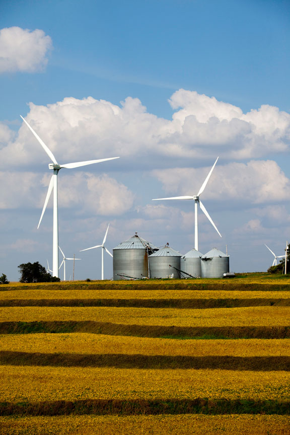 The Farmers City Wind farm could generate Midwest Regional Green Power RECs