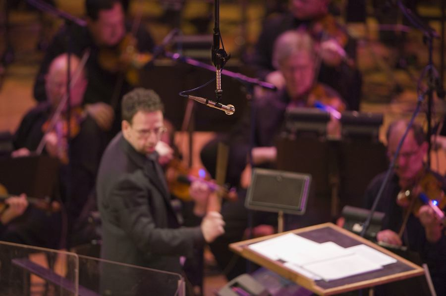 Scott O'Neil and the Colorado Symphony Orchestra with a Neumann KM 133 D