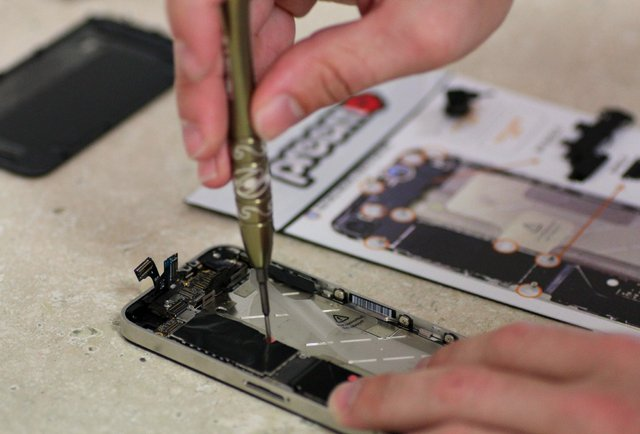iPhone Repair Miami