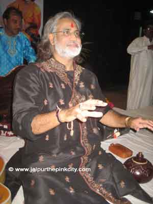 Classical Music Maestro Vishwa Mohan Bhatt Photo