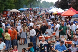 Glen Ellyn Backyard BBQ Cook-Off Benefiting Bridge Communities