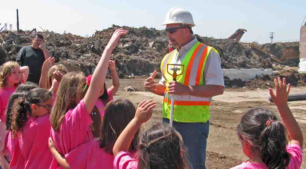 Field trip at Agromin's organics recycling facility in Oxnard, Calif.