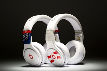 Beats By Dre Customized by www.mistersoul216.com