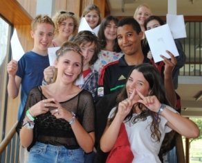 Bedales students celebrate GCSE and BAC success