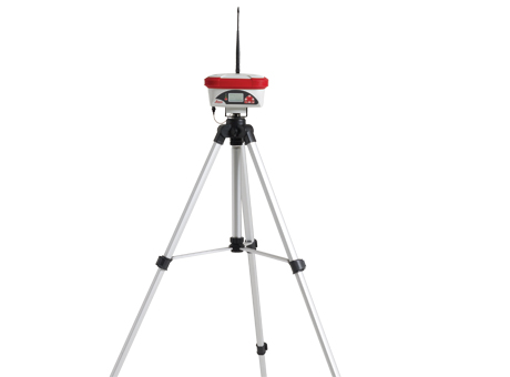 Leica GeoAce on tripod