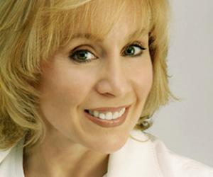 Lyn Ross, Founder of Institut' DERMed