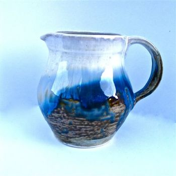 busy bee blue jug