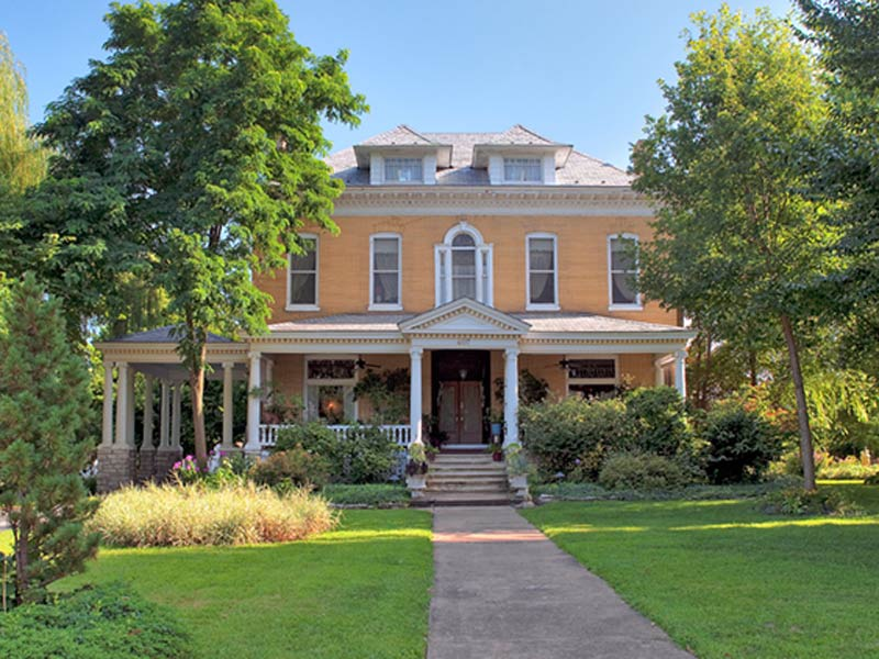 Beall Mansion An Elegant Bed and Breakfast Inn, St. Louis Metro, Alton, IL