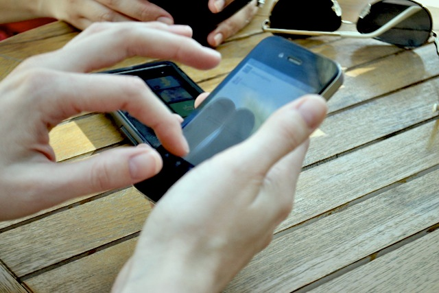 I-ology - Be Mobile or Be Immobilized - Why the Mobile Web Matters