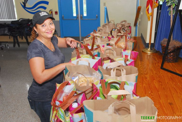 Vanessa Hassele WFM-Aventura at Gulf Stream Middle School Food Giveaway