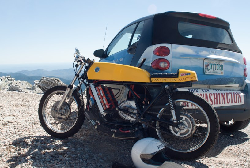 Ted Dillard's R5e II on the summit of Mt Washington