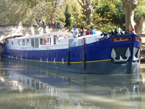 European Waterways' 8-passenger Enchanté