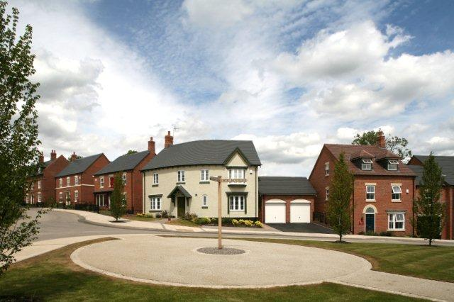 Street scene at Davidsons Homes 'Millbrook' development in Melbourne, Derbyshire