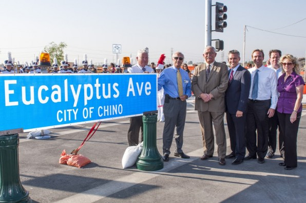 Lennar, Standard Pacific and city officials celebrate opening of College Park