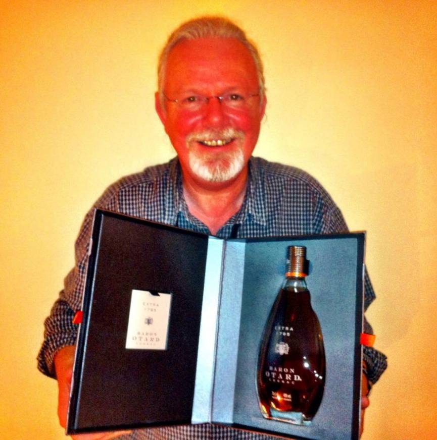 Peter May wins Prix Polar International at Cognac Festival du Polar, France