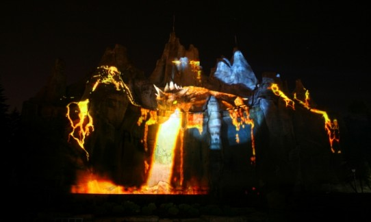 Christie Projection Mapping Displays Dragon at Canada's Wonderland