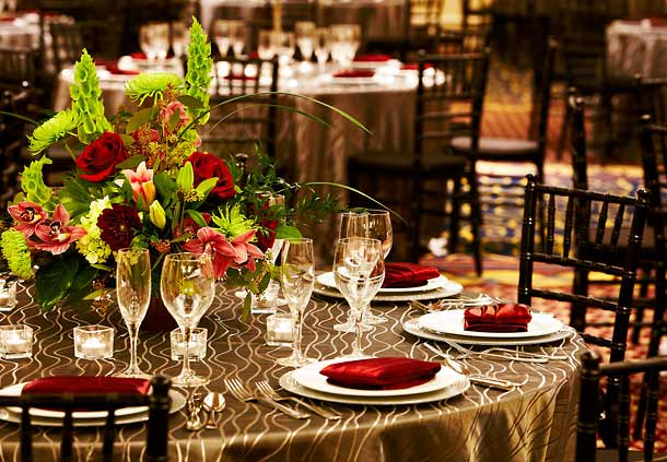 Couples can choose from over 12,000 sq. ft. of exquisite special event space.