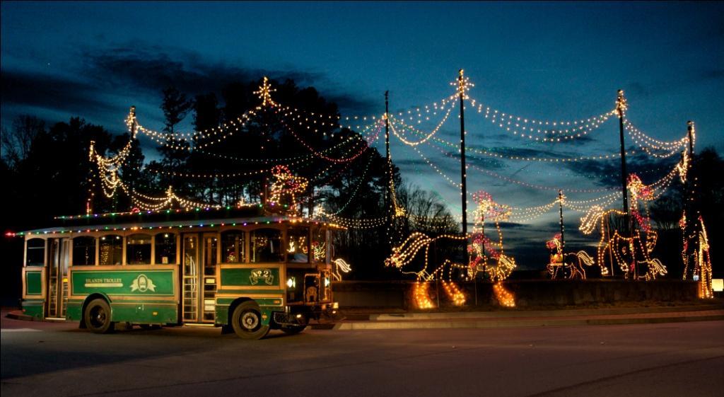 20th Annual Magical Nights of Lights at Georgia's Lake Lanier Islands Resort