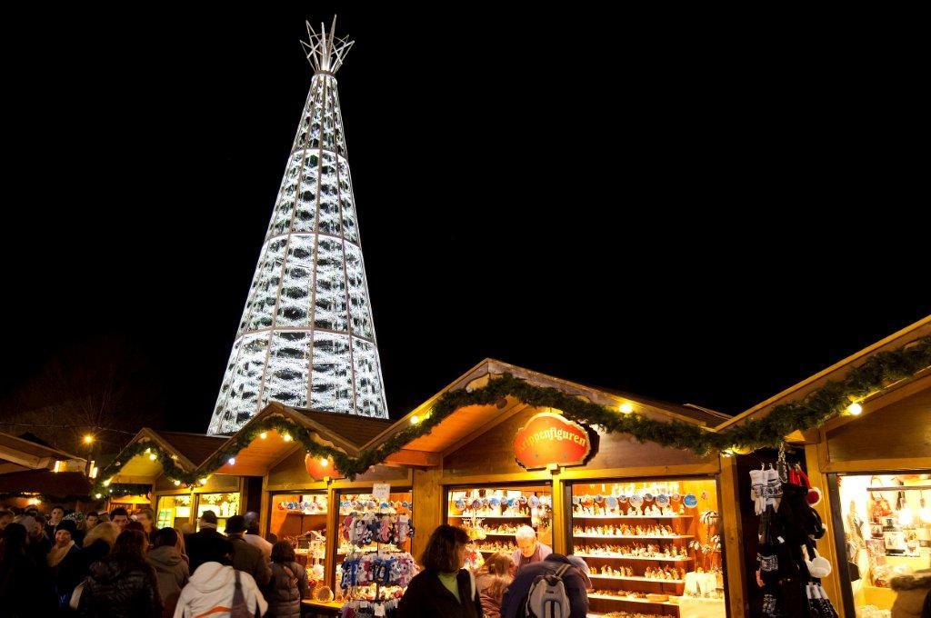 Swarovski Crystal Tree on Marktplatz