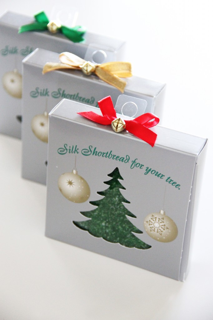 Silk Shortbread Holiday Ornament Box