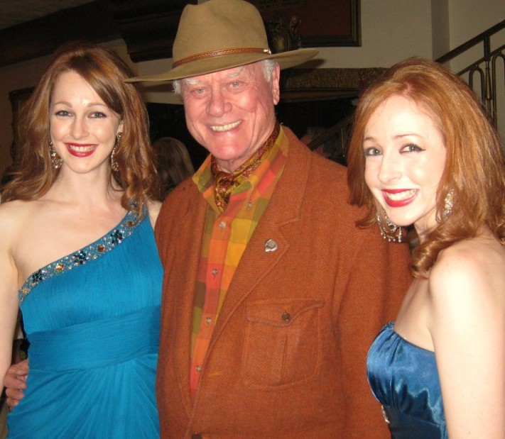 Larry Hagman with Sephira's Ruth O'Leary (L) & Joyce O'Leary (R)