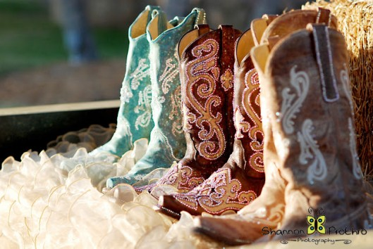 Gypsy Luxe blings wedding boots! -- Gypsy Luxe | PRLog