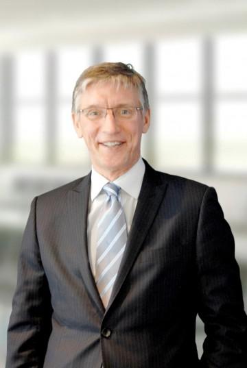 Presenter Peter Metcalfe