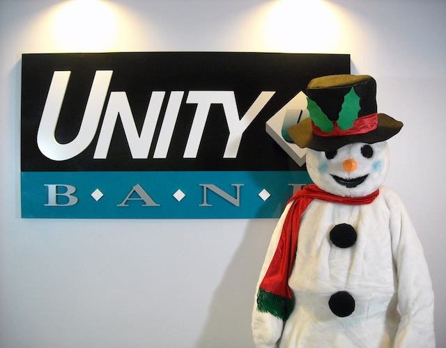 "Unity Bank will sponsor ""Pictures with Frosty"" at six branches, Dec. 6 - 20."