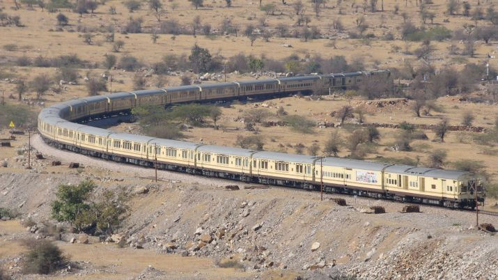 Palace on Wheels - Celebrate This Festive Season in Rajasthan