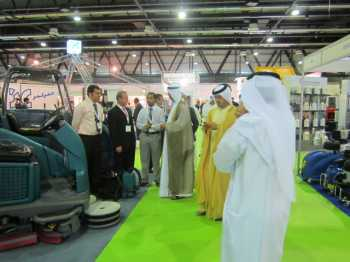 Nabil Al Tawil tours H.E. Hussein Lootah in The Kanoo Machinery exhibition