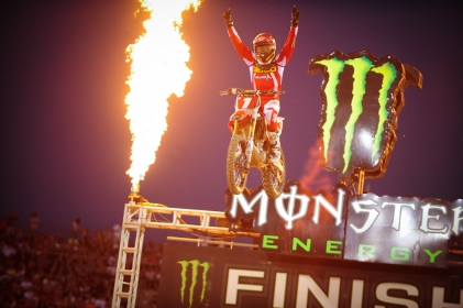 MONTER ENERGY SUPERCROSS