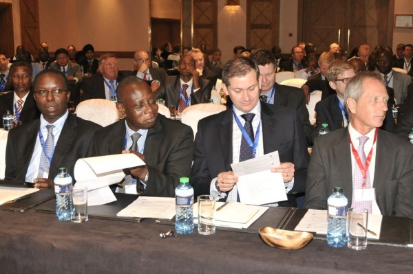 The conference room was full with international and regional industry leaders