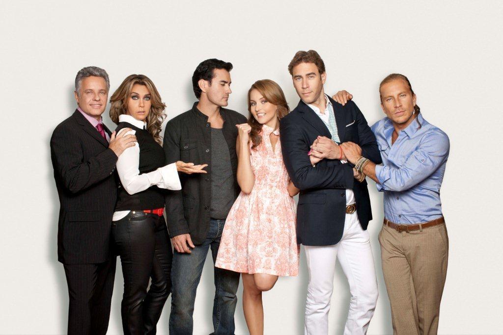 The Cast of 'Una Noche de Pasion'