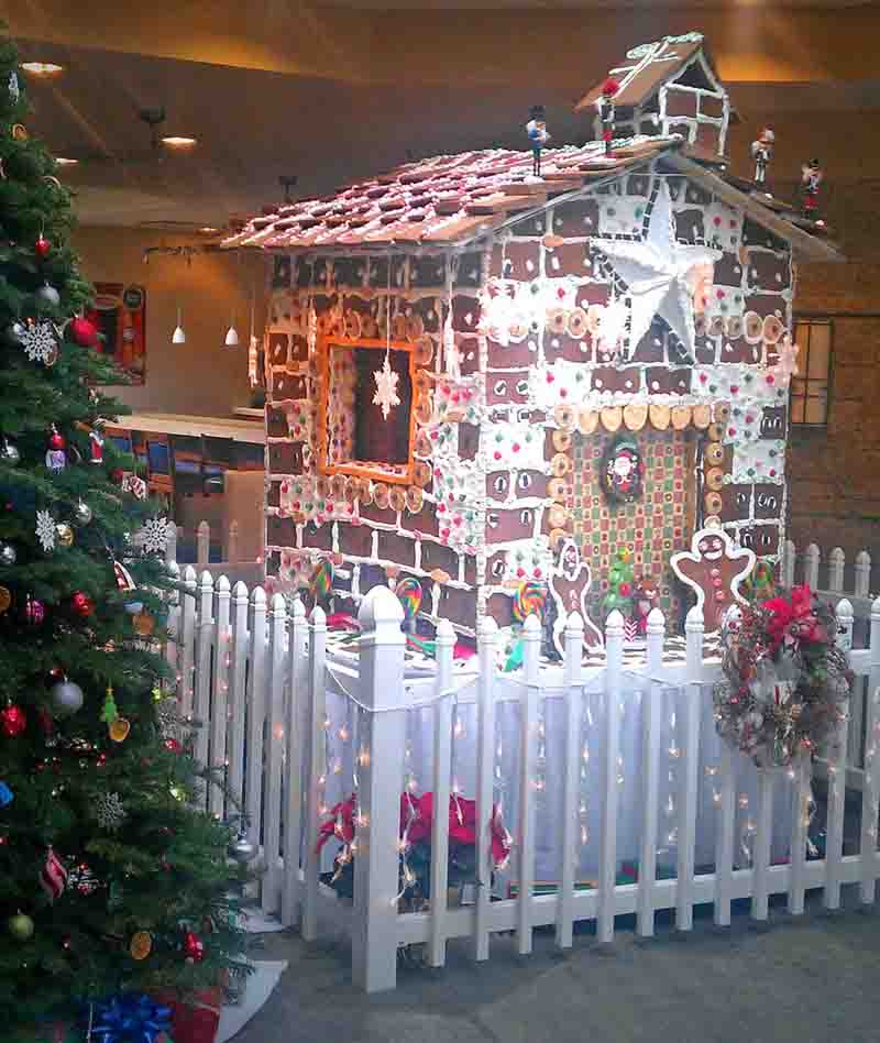 Four Points by Sheraton Ventura Harbor Holiday Gingerbread House