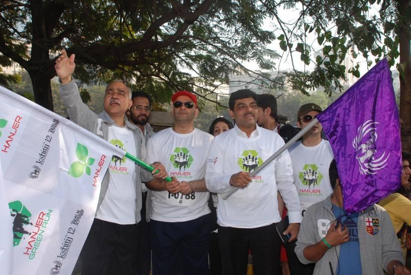 Left to right, Dr. V K Managoankar, Principal, Mit