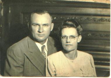 Parents of Robert Metzgar