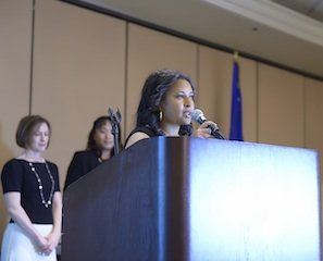 Aynee Workneh accepts 2012 Athena Award