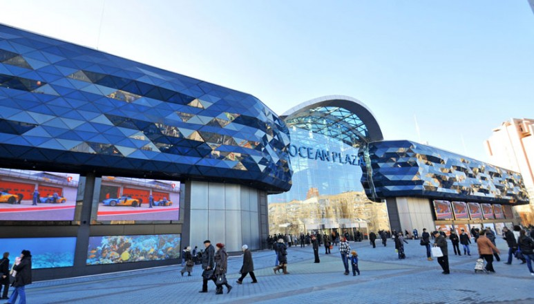 EKTA's giant LED screens are installed on the brand new Ocean Plaza in Kiev
