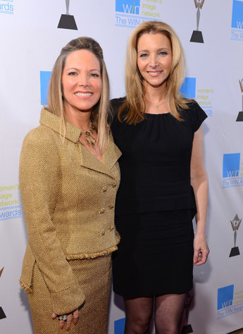 Maria Bell WIN Humanitarian Honoree, Lisa Kudrow Presenter