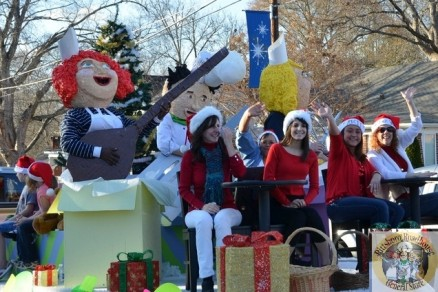 The Award Winning Pittsboro Roadhouse Christmas Float