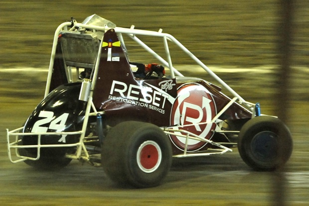 Dugger in the Reset Restoration Services Non-Wing Car at the 2012 Tulsa Shootout