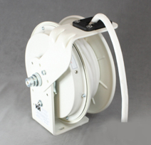 KH RTBB3LW-WW-P12F, White Retractable Power Cord Reel with 25' white SJOW cable