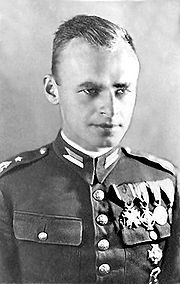 Witold Pilecki in Uniform