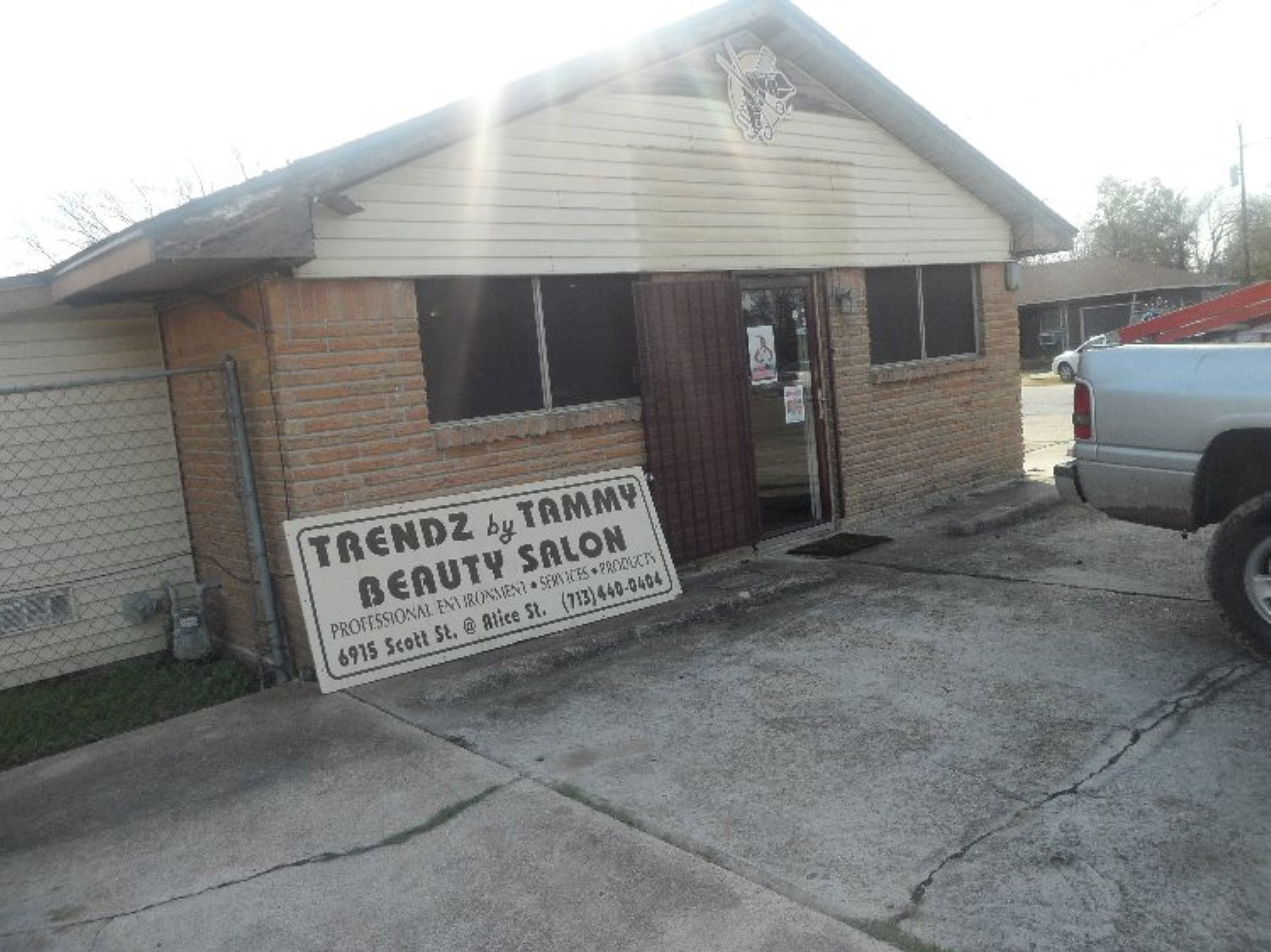 Trendz by Tammy forced to remove business sign after 12 years