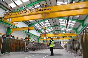 overhead cranes at MMD