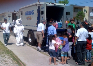 E BUNNY Delivered Nearly 2,800 Baskets To Vegas Children  In 2012